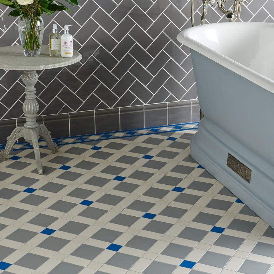 bathroom-floor-tiles-diamonds