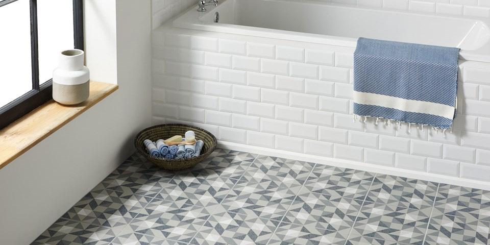 bathroom-floor-tile-blue