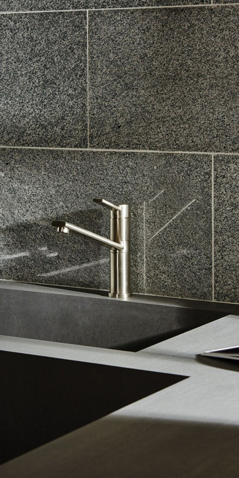 kitchen-wall-tile-sink